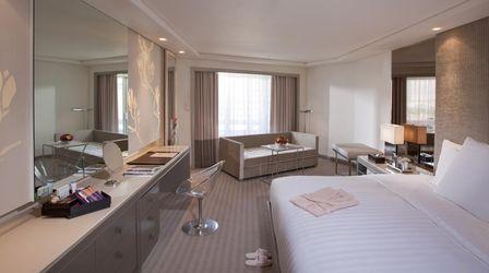 馬尼拉灣飯店推薦: Midas Hotel And Casino