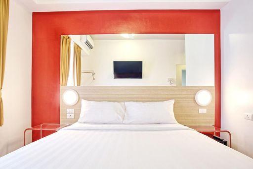 馬尼拉平價飯店-Red Planet Manila